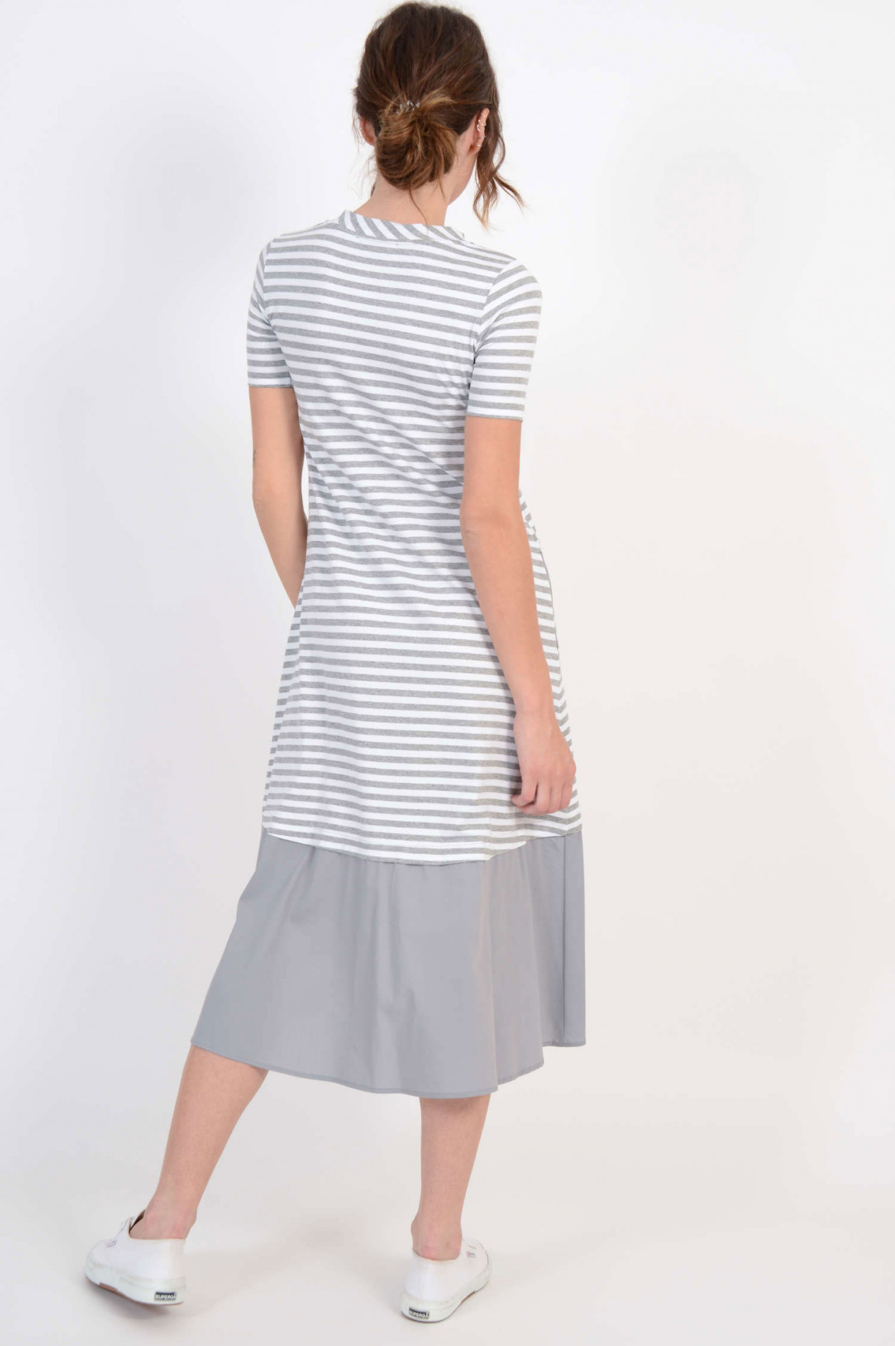 promo code 61bec 9e0e4 Vokuhila - Kleid mit Streifen in Grau/Weiß