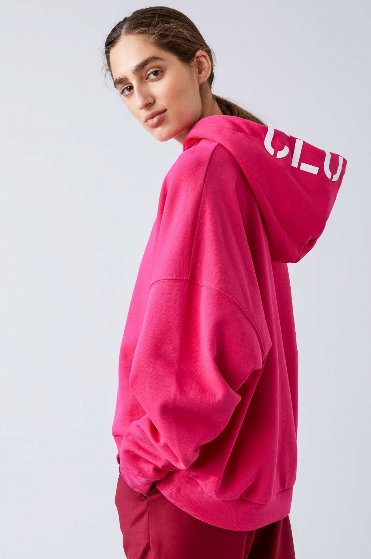 Closed Sweater in Pink | GRUENER.AT