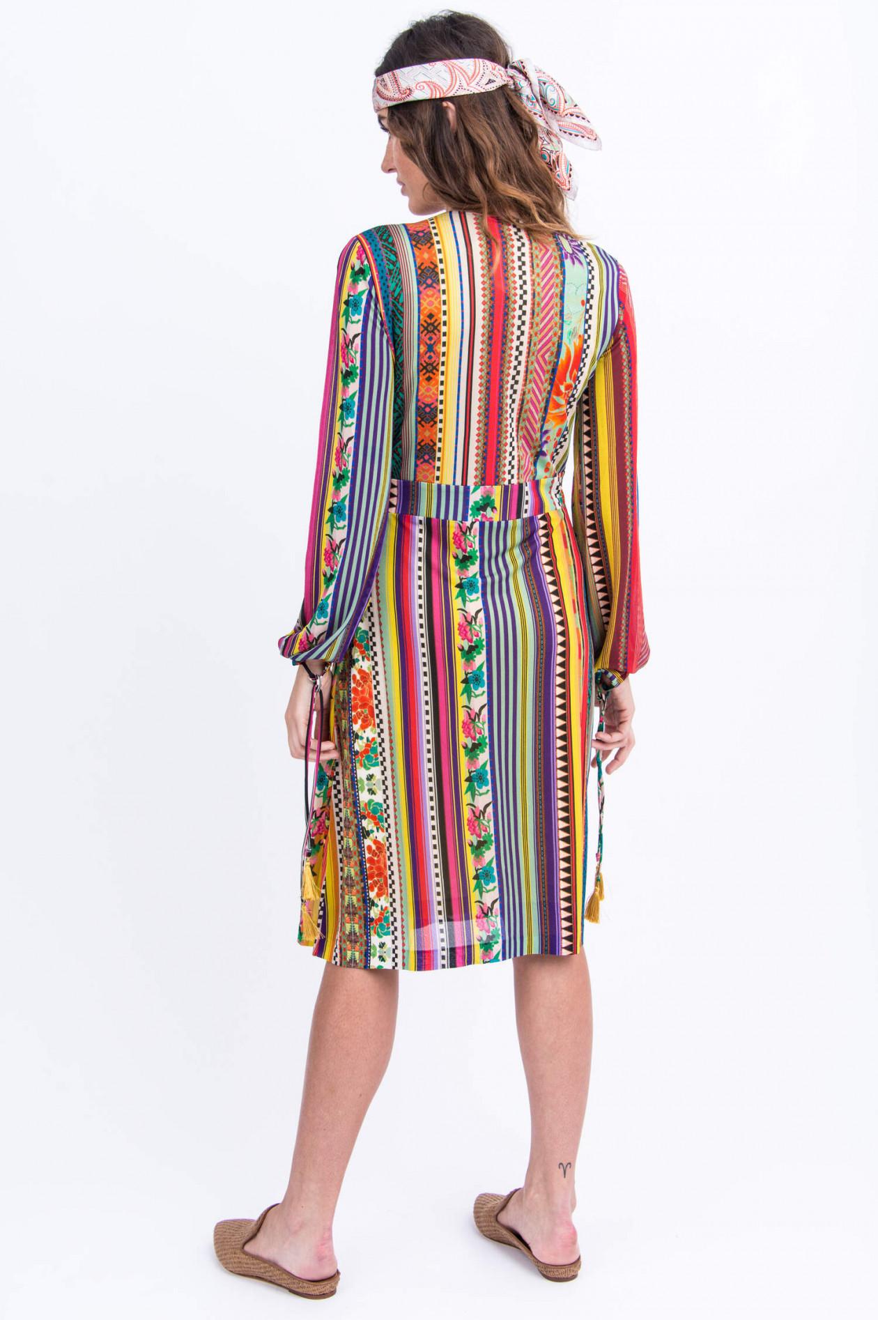 midi-kleid in multicolor gestreift
