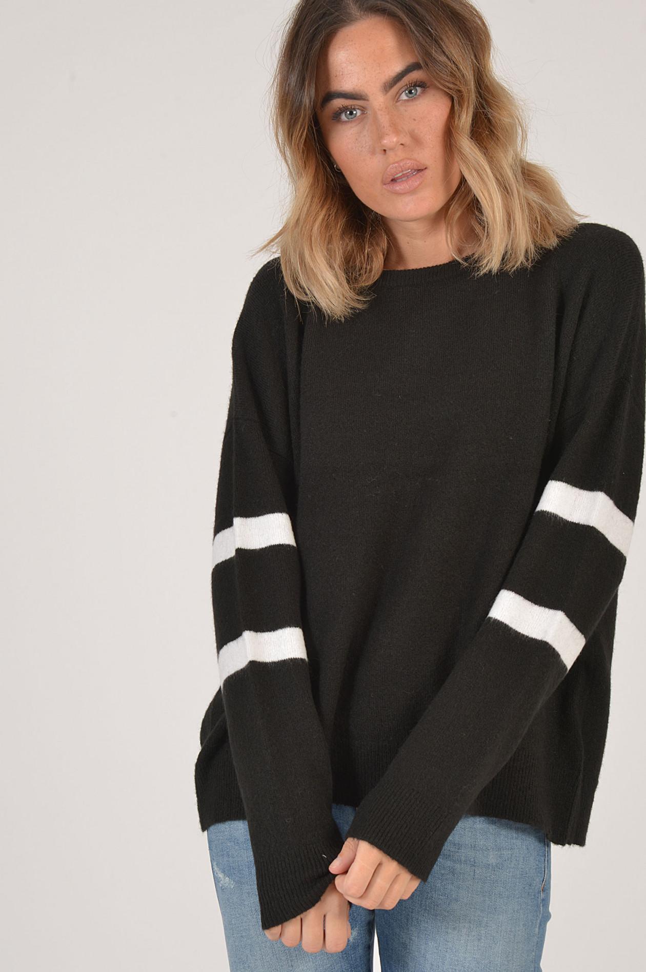 Juvia Sweater SchwarzWeiß gestreift | GRUENER.AT