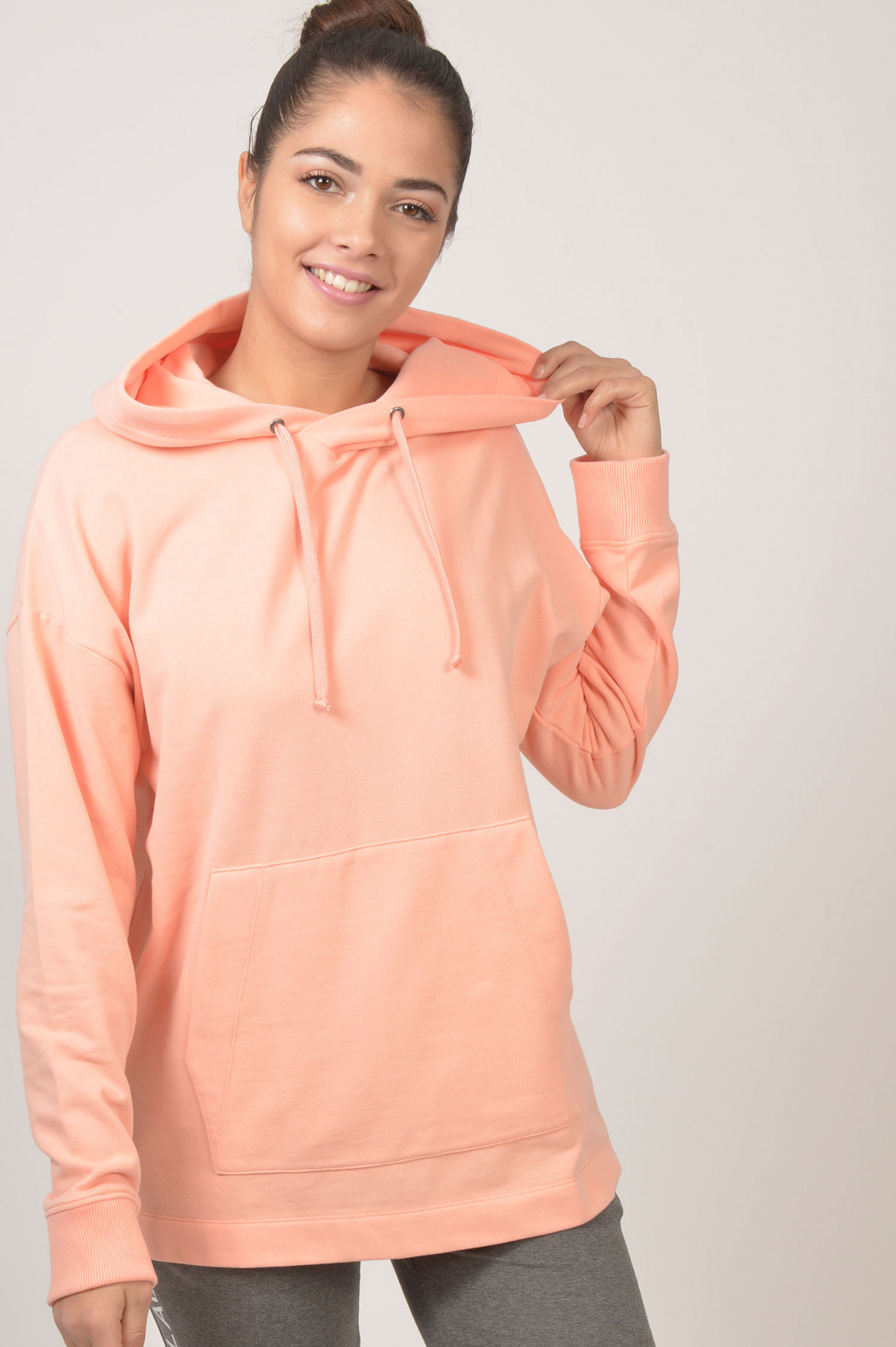 Juvia Sweatshirt mit Kapuze in Lachs | GRUENER.AT