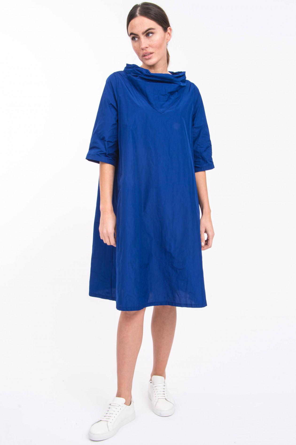 Katharina Hovman Taft Kleid In Royalblau Gruener At