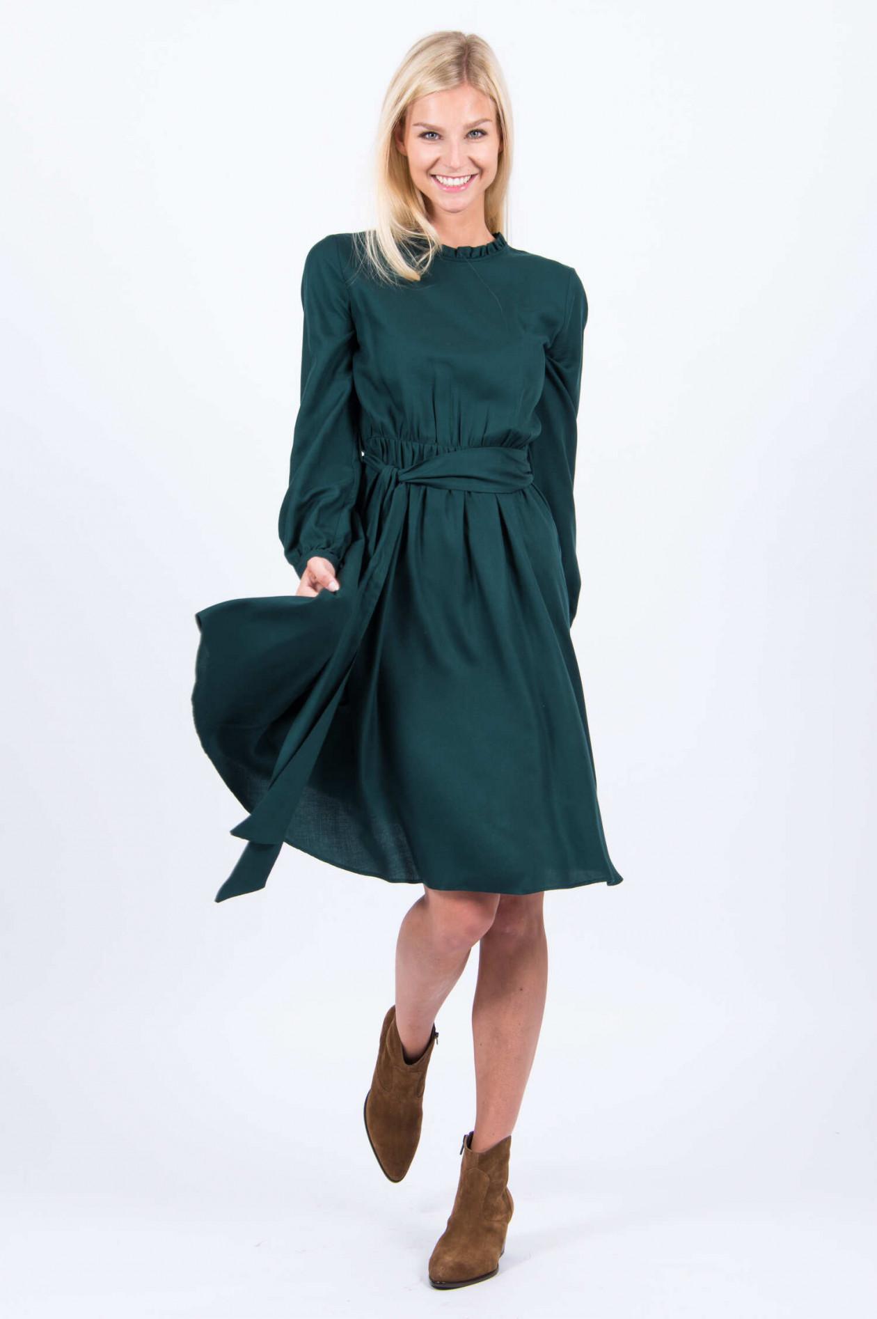 Kleid in Tannengrün