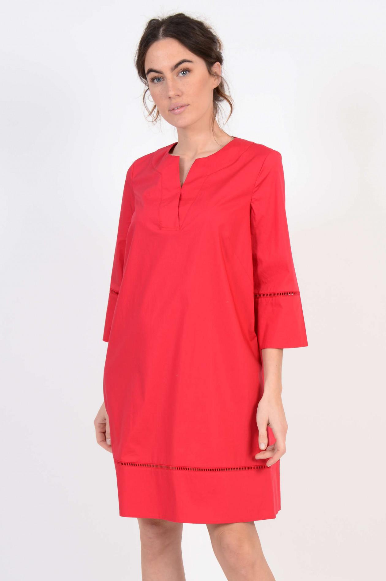 Kleid mit Lochspitze in Rot