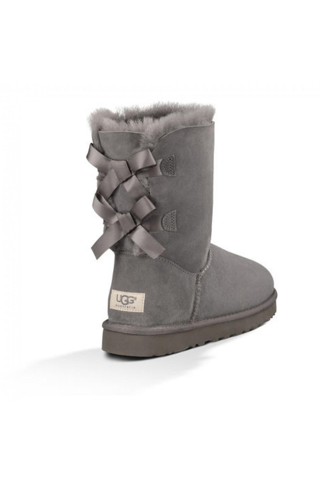 UGG Boots Bailey Bow Grau