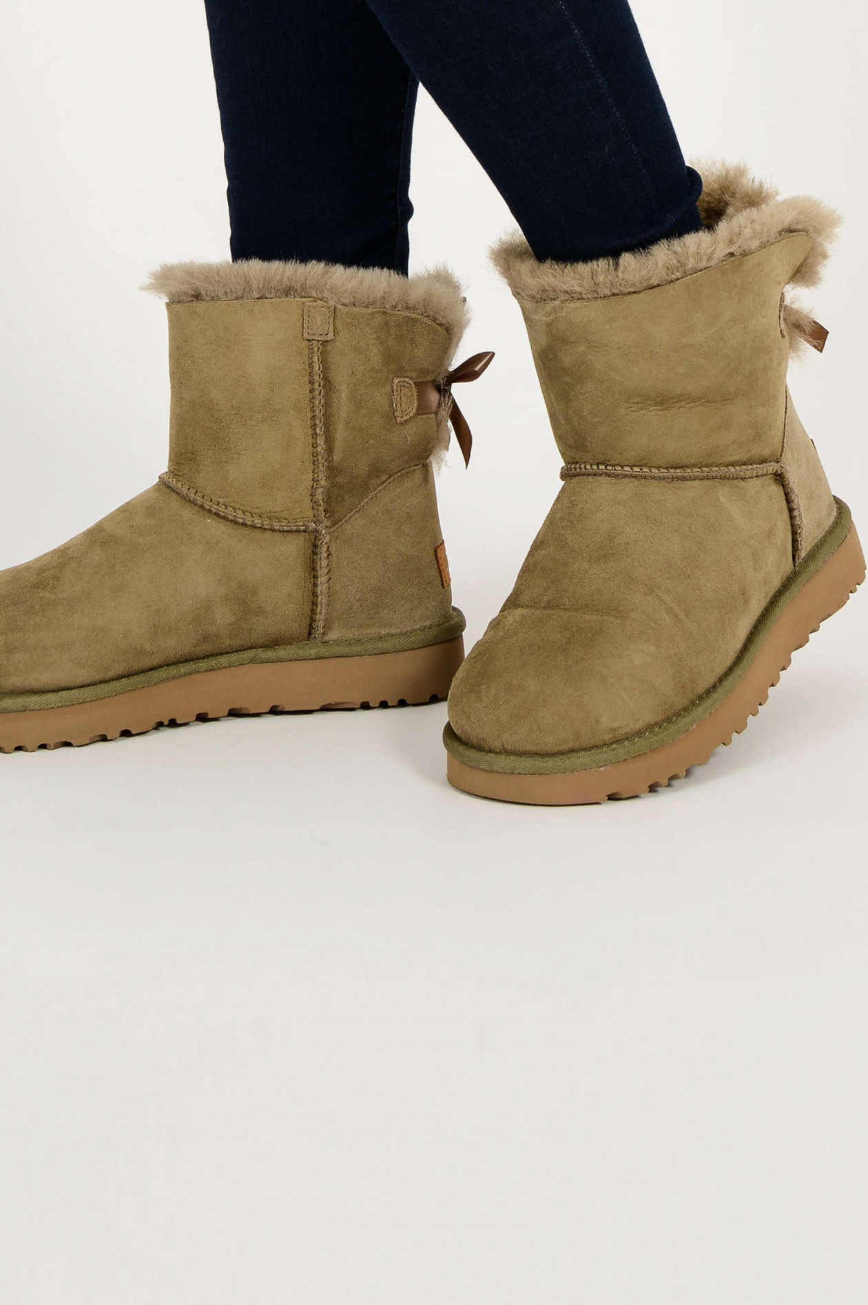 Boots MINI BAILEY BOW in Antilope Oliv