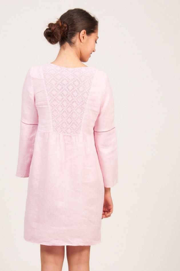 120 leinen leinenkleid mit h kelspitze in rosa gruener at. Black Bedroom Furniture Sets. Home Design Ideas