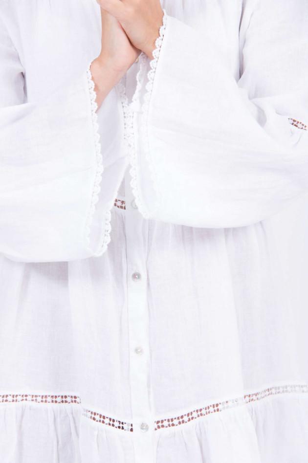 1868 Leinenkleid mit Lochspitze in Weiß