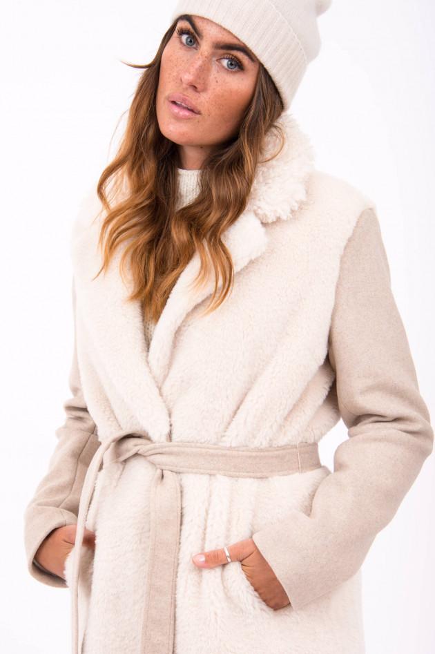 Beaumont Amsterdam Mantel mit Wollfell-Besatz in Beige
