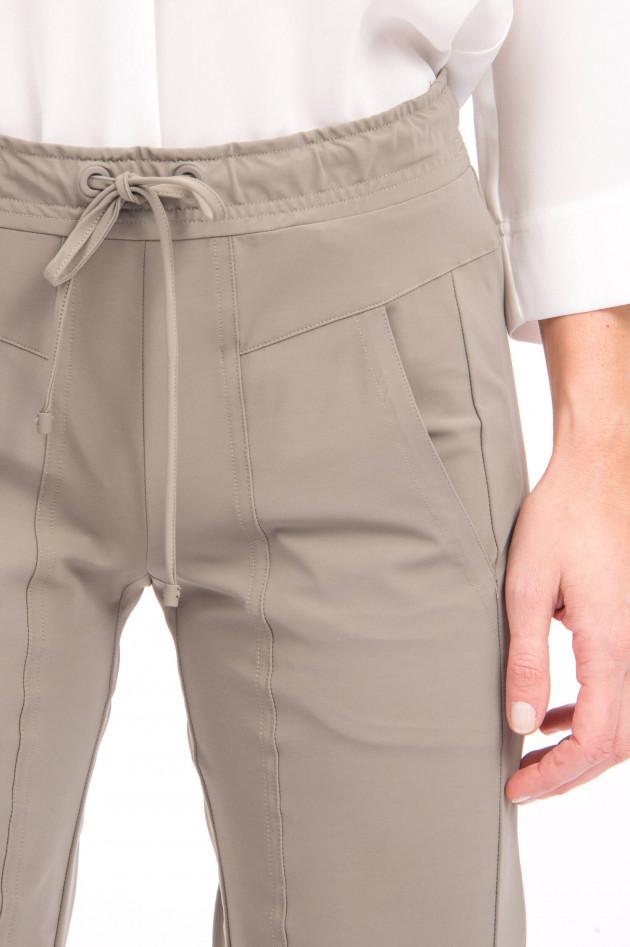Cambio  Sportive Hose mit Ziernähten in Blassem Oliv