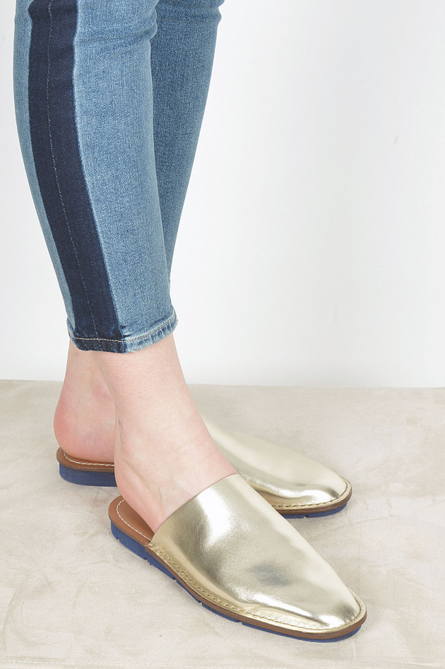 Slippers aus Leder in Gold/Navy