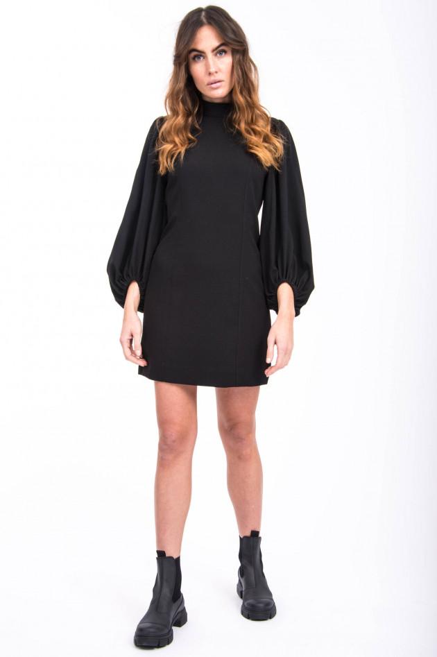 Ganni Kleid mit Puffarm in Schwarz