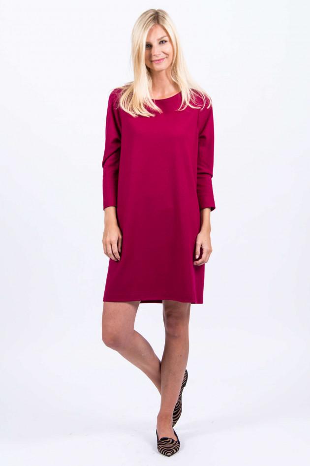 Harris Wharf London Kleid aus Schurwolle in Magenta