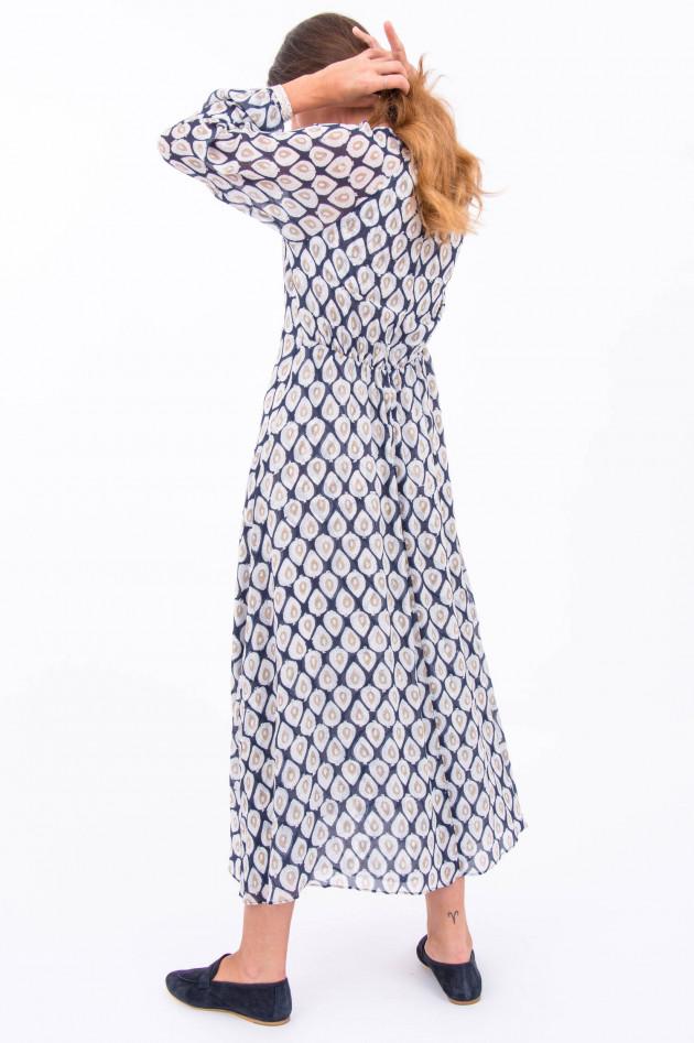 Hemisphere Maxi-Kleid mit Musterung in Weiß/Dunkelblau