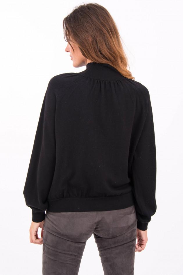 Hemisphere Wollpullover mit Stehkragen in Schwarz