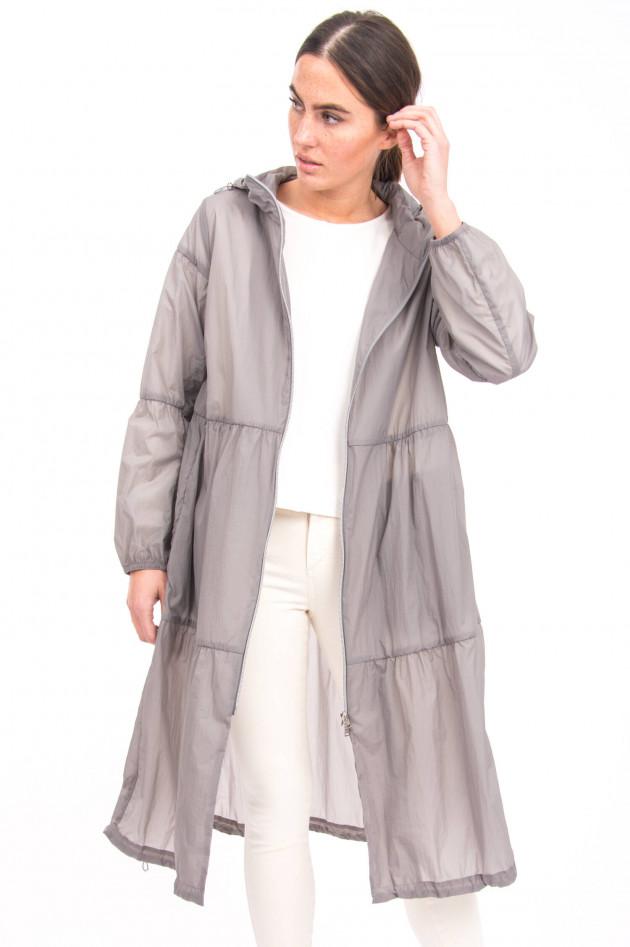 Herno Leichter Mantel mit Volantbahnen in Grau