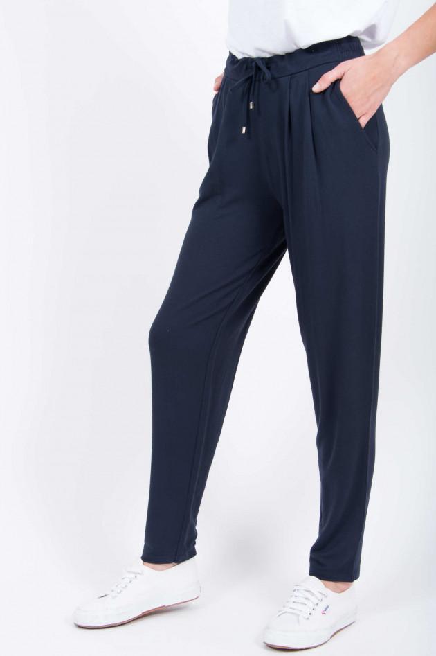 Juvia Sweatpants in Navy