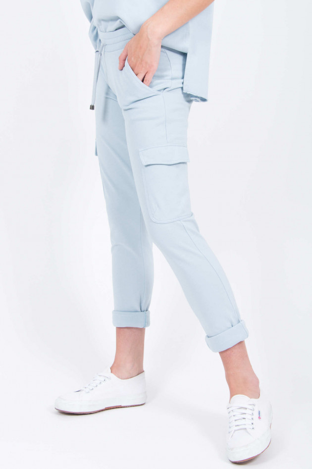 Juvia Cargo Sweatpants in Hellblau