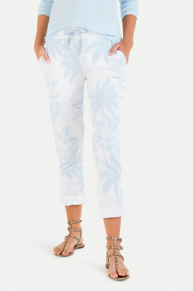 Juvia Reaxed Fit Sweatpants mit Palmenprint in Weiß