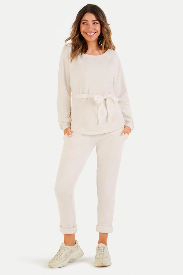 Juvia Relaxed Fit Sweatpants in Creme