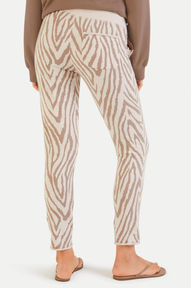 Juvia Sweatpants im Zebra-Design in Creme/Tabacco