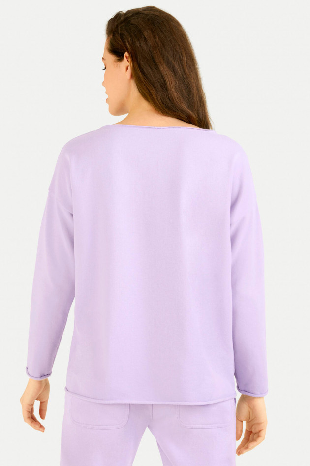 Juvia Relaxed-Fit Sweater in Lila