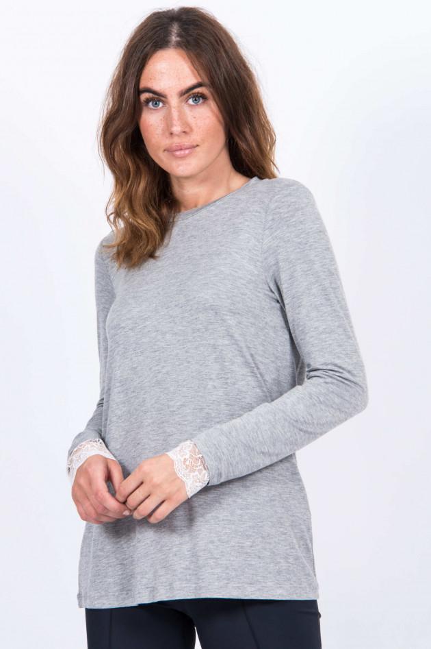 La Camicia Langarmshirt mit Spitze in Hellgrau