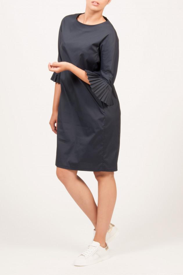 Max Mara Kleid mit Plissee-Ärmel in Marine
