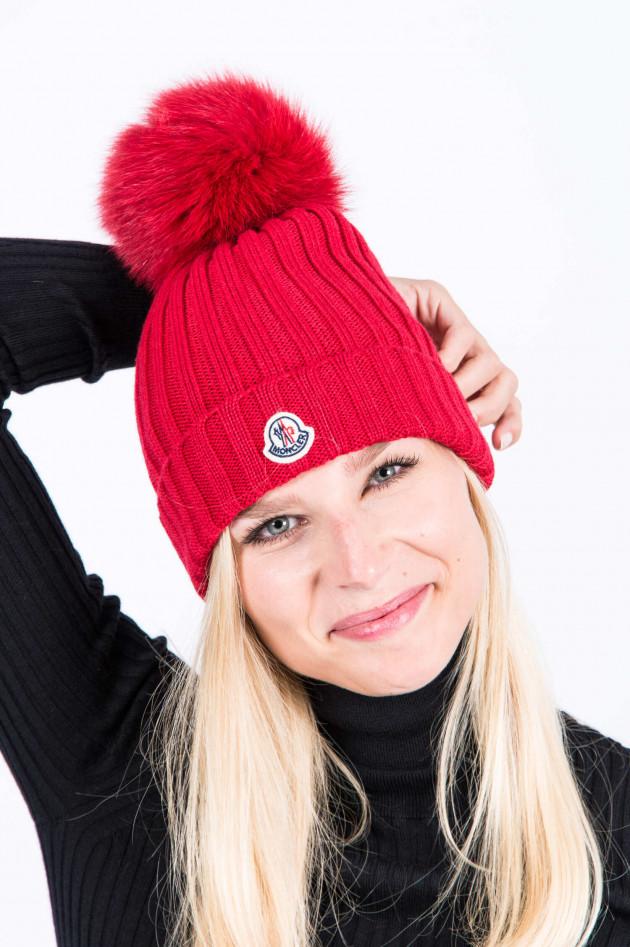 Moncler Mütze mit Fellbommel in Rot