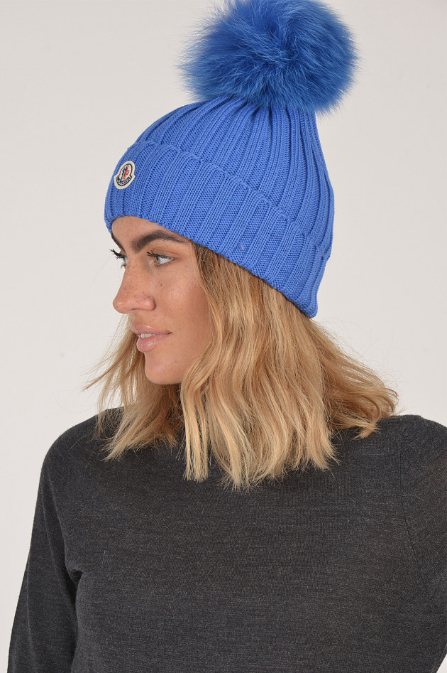 Mütze mit Fellbommel in Blitzblau