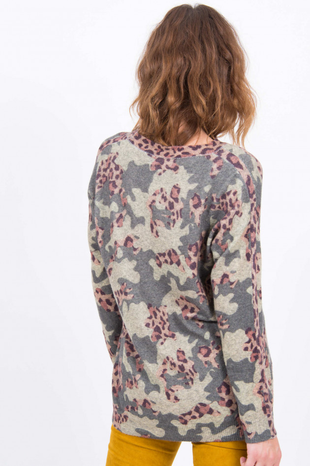 Princess goes Hollywood Feinstrickpullover mit Camouflage in Grün