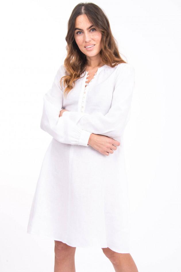 Princess goes Hollywood Leinenkleid mit raffinierter Knopfleiste in Weiß