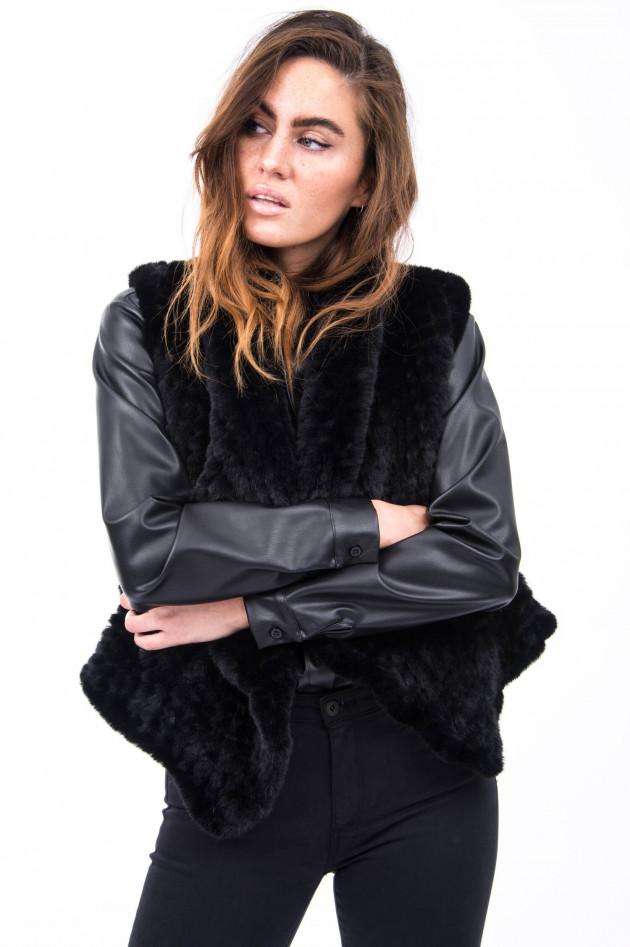 Princess goes Hollywood Fake Fur Weste in Schwarz
