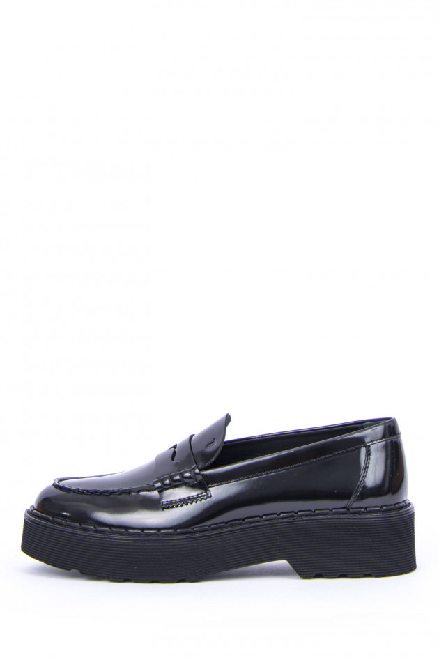 Tod's Loafer aus glänzendem Leder in Schwarz