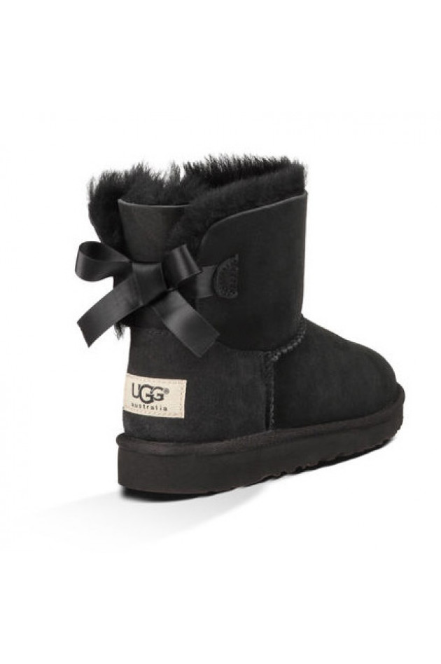 gr ner online shop ugg ugg boots mini bailey bow in schwarz. Black Bedroom Furniture Sets. Home Design Ideas