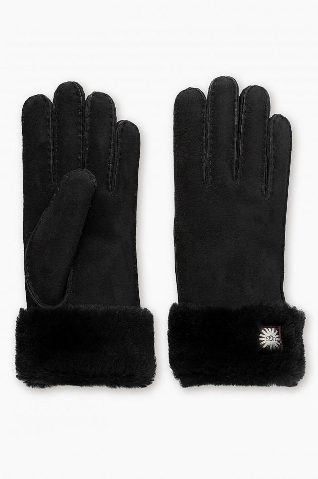 gr ner online shop ugg handschuhe aus lammfell in schwarz. Black Bedroom Furniture Sets. Home Design Ideas