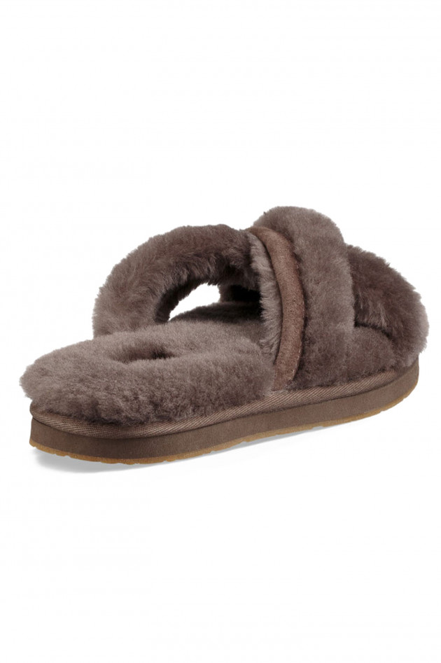 ugg abela slipper