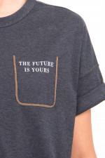 T-Shirt mit angedeuteter Brusttasche in Anthrazit
