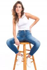 Jeans BAKER mit Destroyed-Look in Mittelblau
