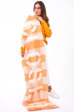 Schal mit Schriftzug in Orange/Natur