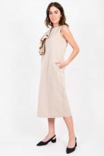 Kleid mit Volant in Nude