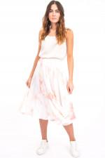Ausgestellter Rock mit Batik-Design in Weiß/Rosa