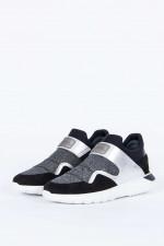 Slip-on-Sneaker INTERACTIVE in Schwarz/Silber