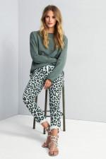 Slim-Fit Sweatpants mit Leopard-Print in Türkis