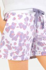 Shorts im Leo-Design in Weiß/Lavendel