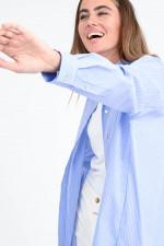 Lange gestreifte Bluse in Hellblau/Weiß