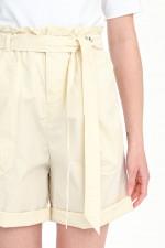 Shorts mit Paperbag-Design in Creme