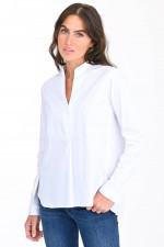 Bluse mit Stehkragen in Weiß