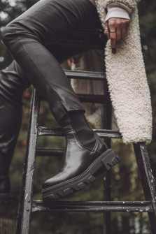 Chunky Boots in Schwarz