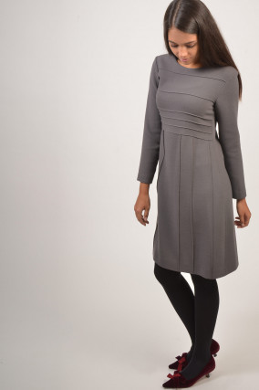 Kleid mit Rundhalsausschnitt in Antra